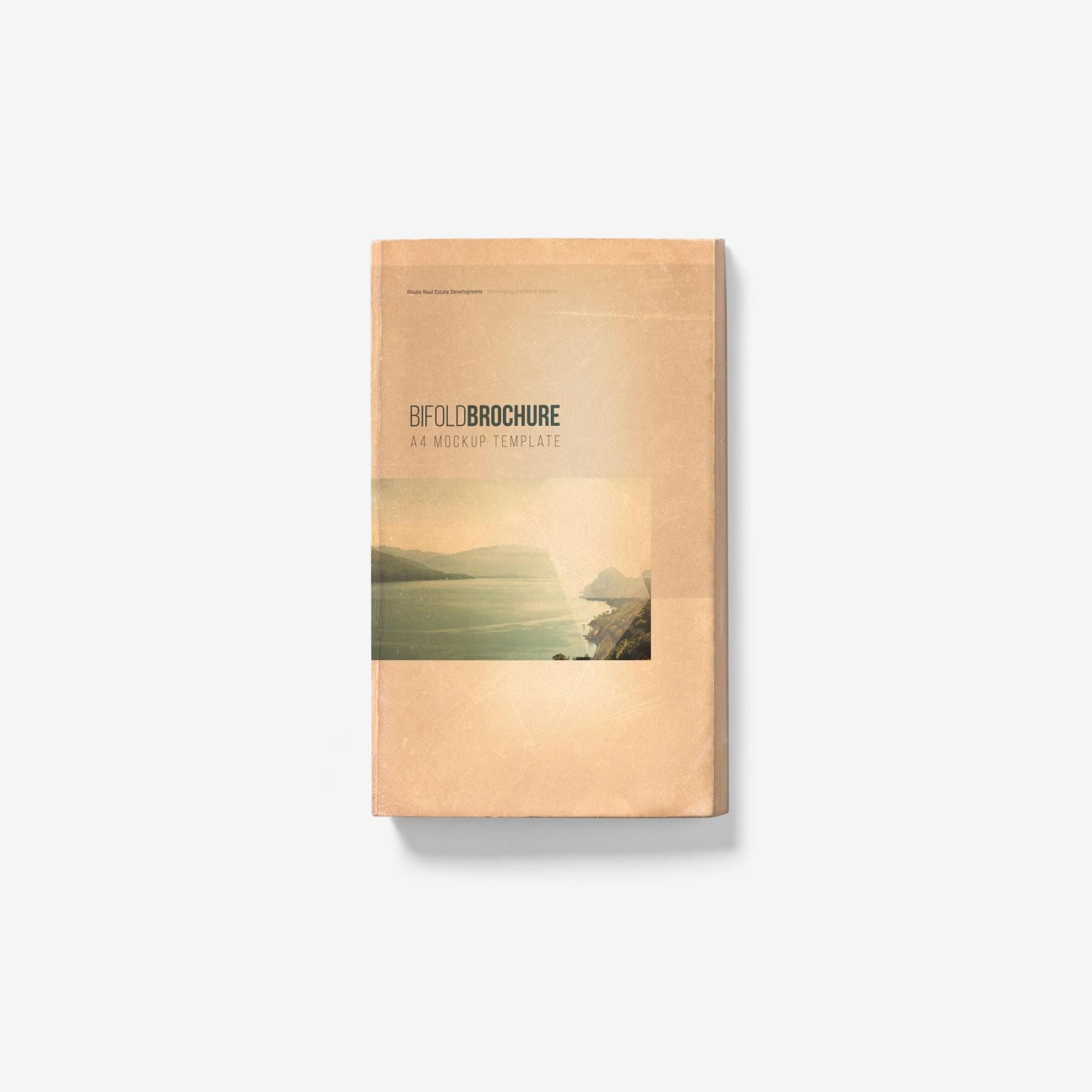 0aa048fdc04ef96 - 古朴平铺宣传书籍画册样机