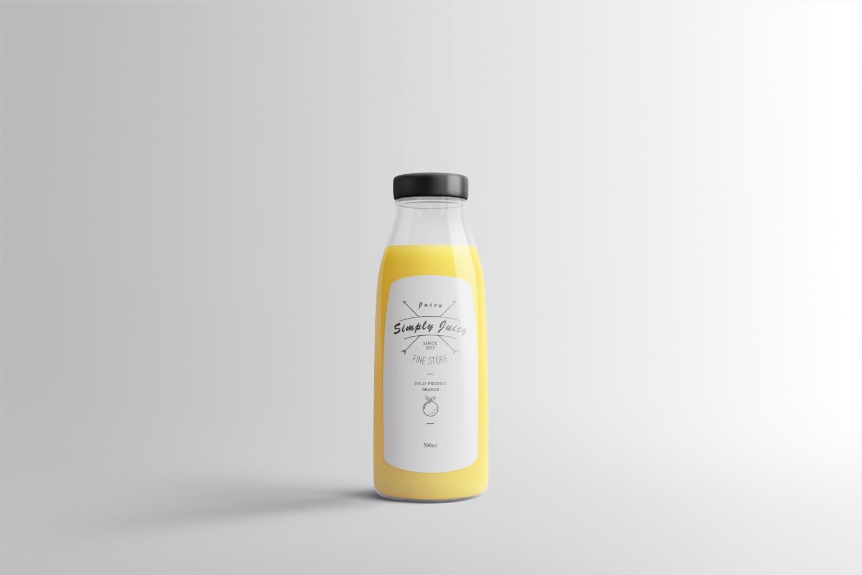 1582629102 ef7978ce3a68961 - 简约饮料瓶玻璃瓶样机