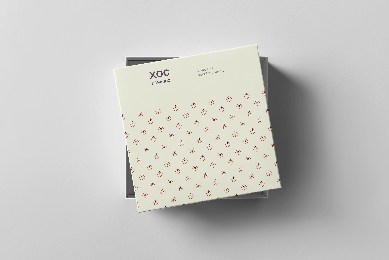 1582692425 3554c60cd21663e - 简约包装盒礼品盒样机